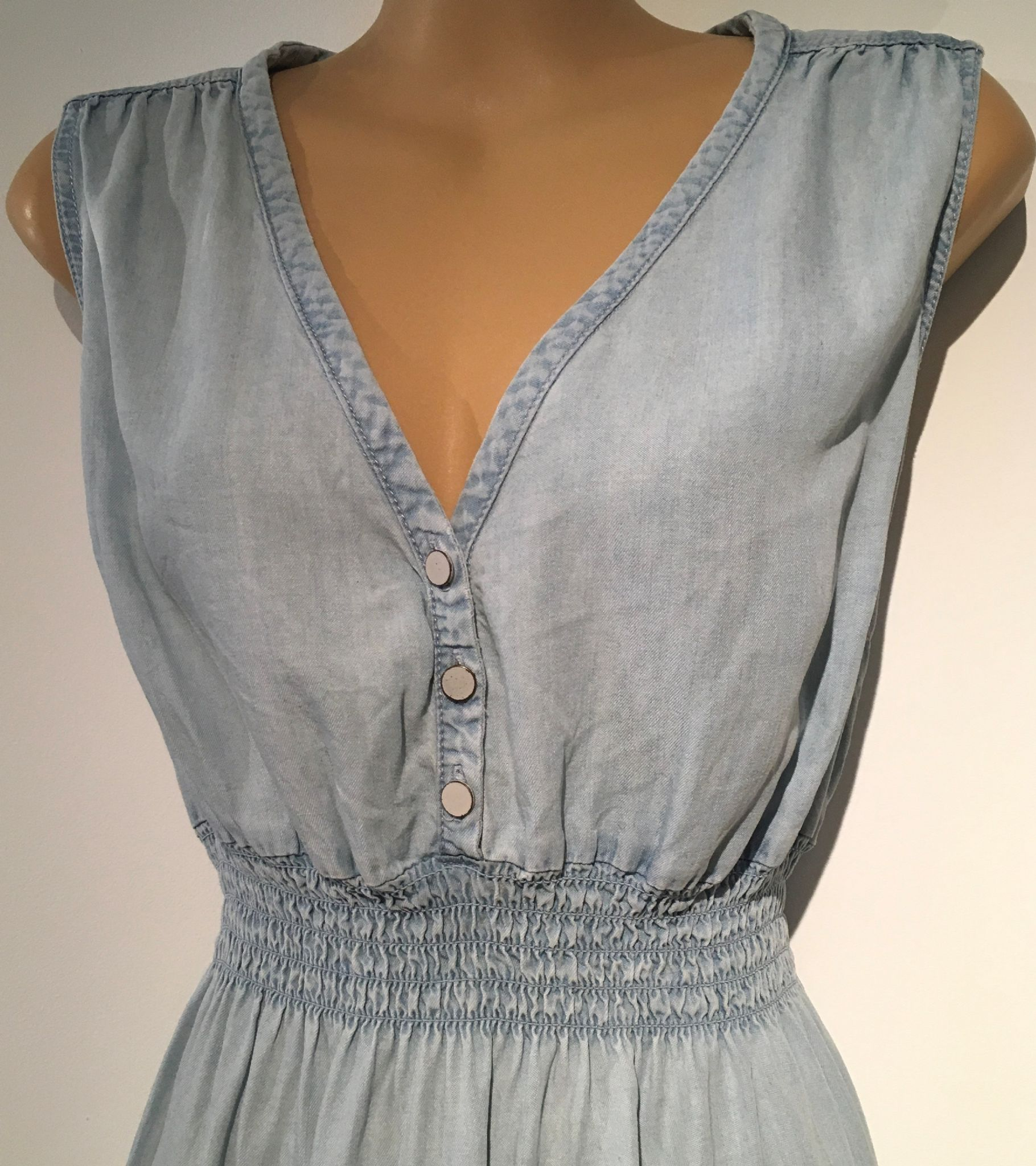 3dc8b4157fa1d H&M MAMA DENIM SLEEVELESS KNEE LENGTH DRESS SIZE M 12